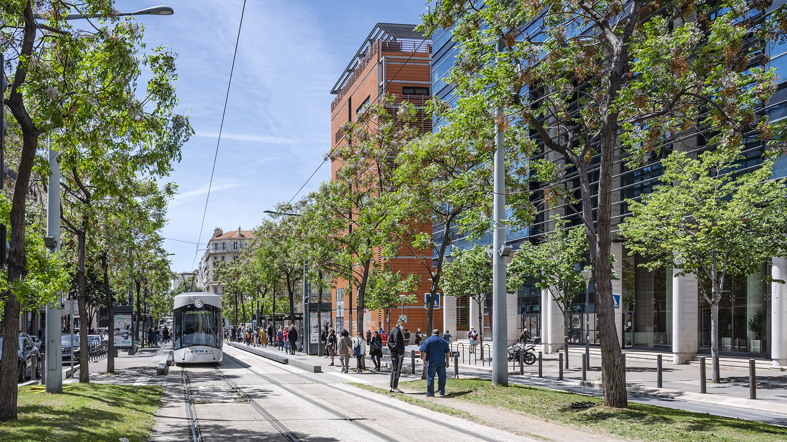 Von der Rue de la République bringt euch die Straßenbahn zur Euroméditerranée. Foto: Hilke Maunder