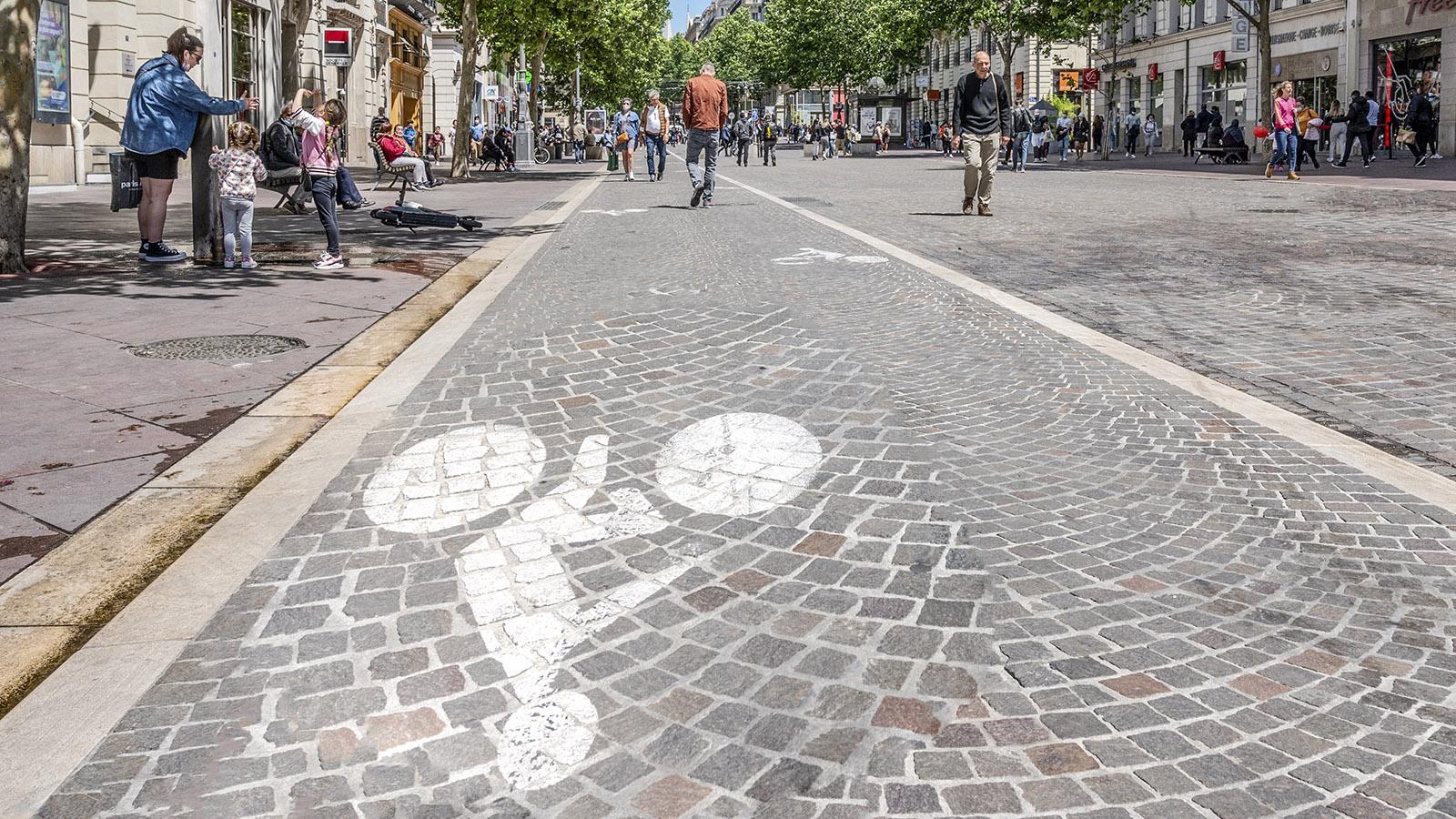 Hat jetzt auch einen Radweg: die Canebière. Foto: Hilke Maunder
