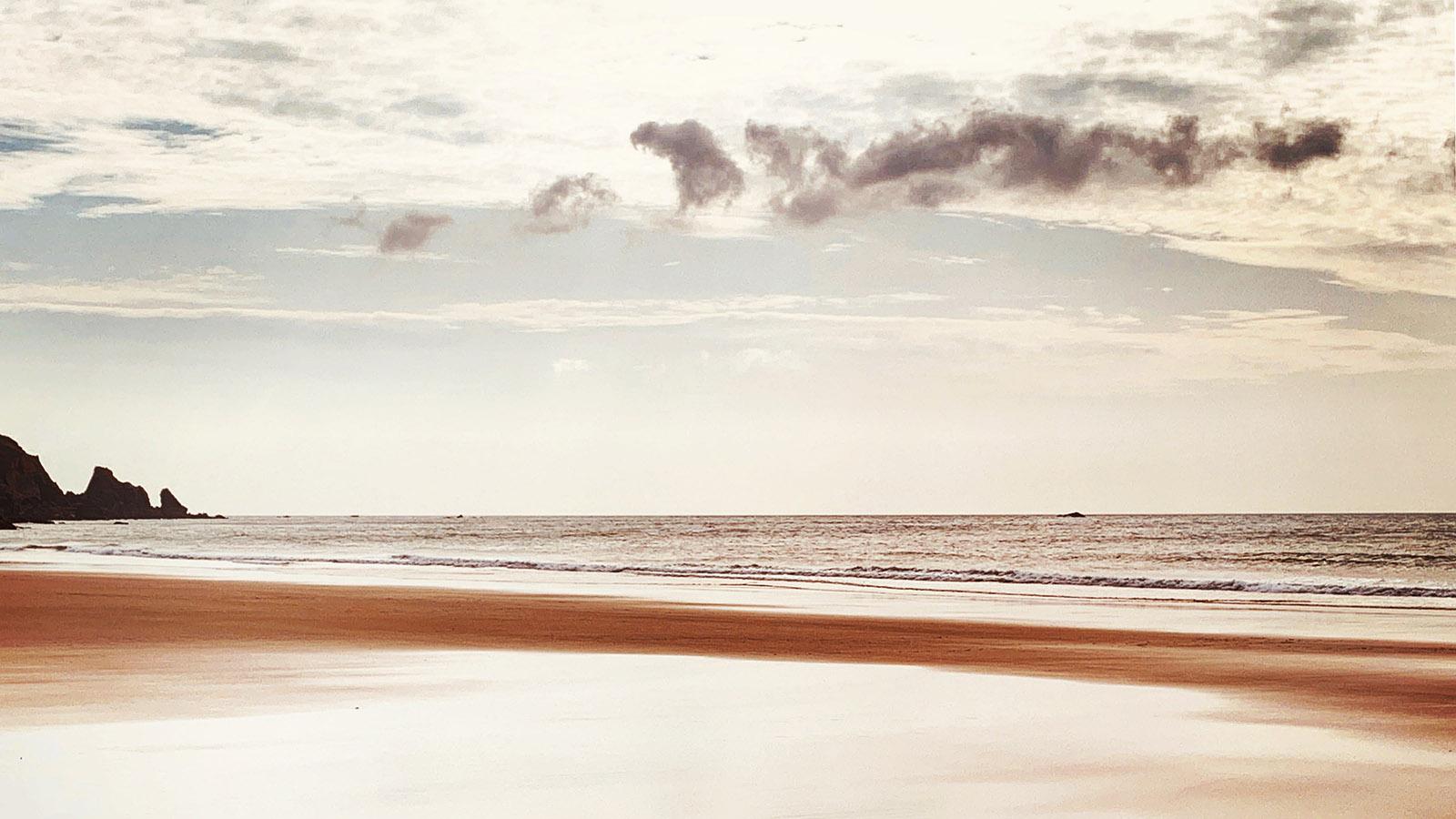 Cotentin: Die Baie d'Écalgrain am frühen Abend. Foto: Hilke Maunder