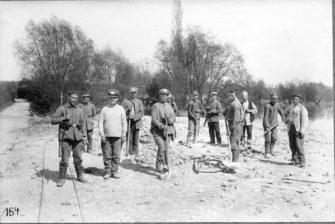 russische Kriegsgefangene als Arbeiter im besetzten Frankreich - 1915