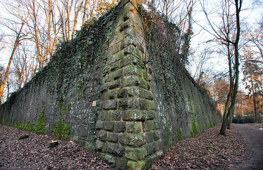 Die hervorspringende Ecke der Nordwestbastion der Festung. Foto: Stadt Landau in der Pfalz