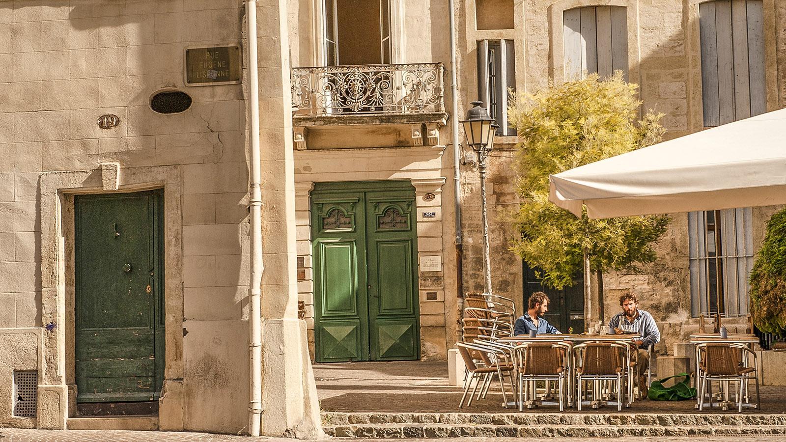 Montpellier: Café in der Altstadt. Foto: Hilke Maunder