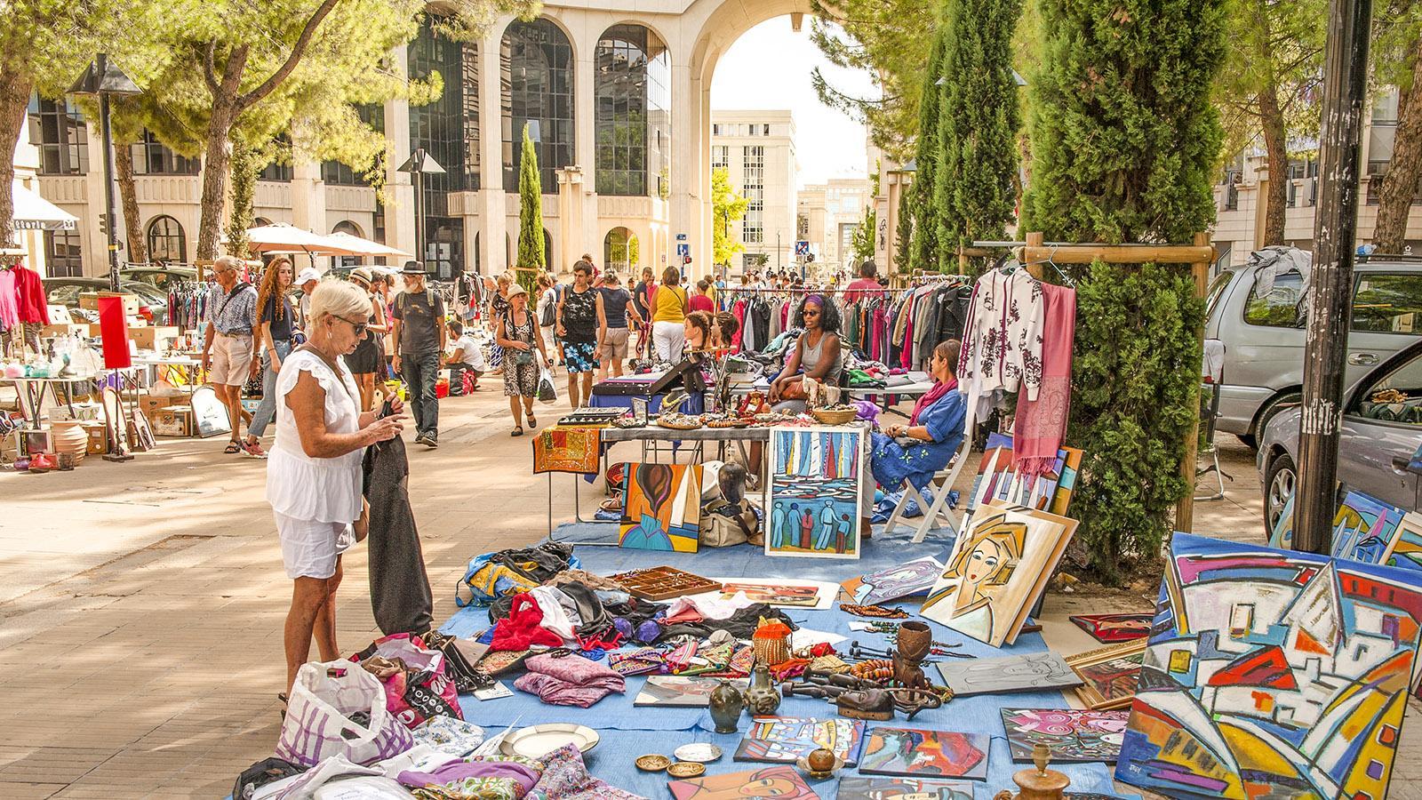 Montpellier: Flohmarkt im Antigone-Viertel. Foto: Hilke Maunder