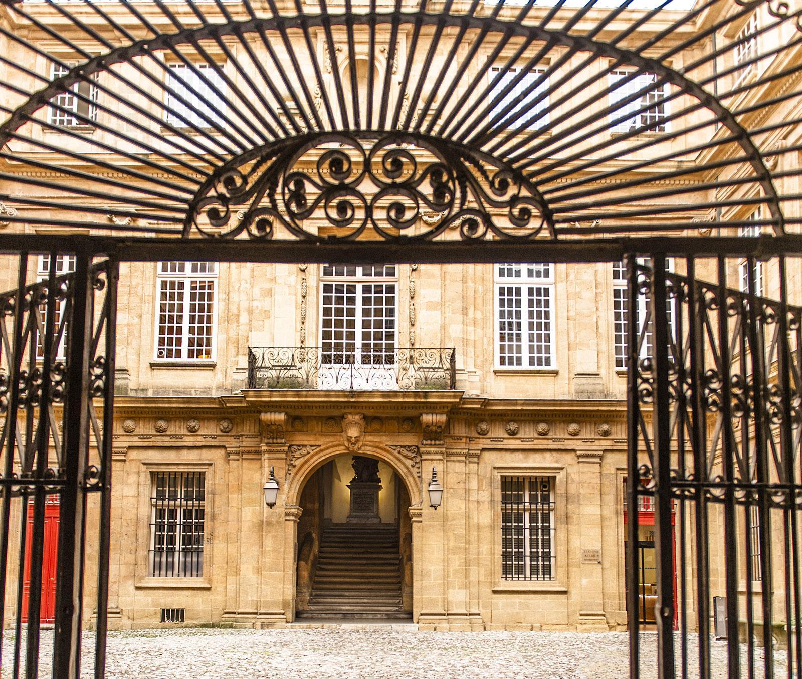 Aix-en-Provence: Prunk und Pracht: die Stadtpalais von Aix. Foto: Hilke Maunder