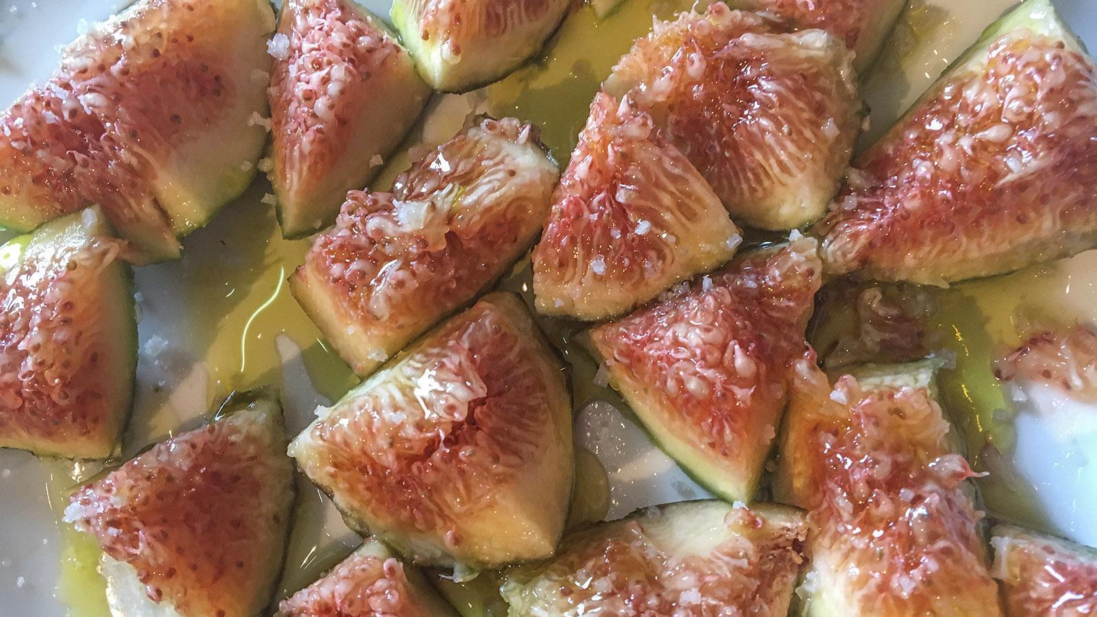 Zum Apéro an der Côte Vermeille werden gerne frische Feigen mit Olivenöl und Meersalz gereicht. Foto: Hilke Maunder
