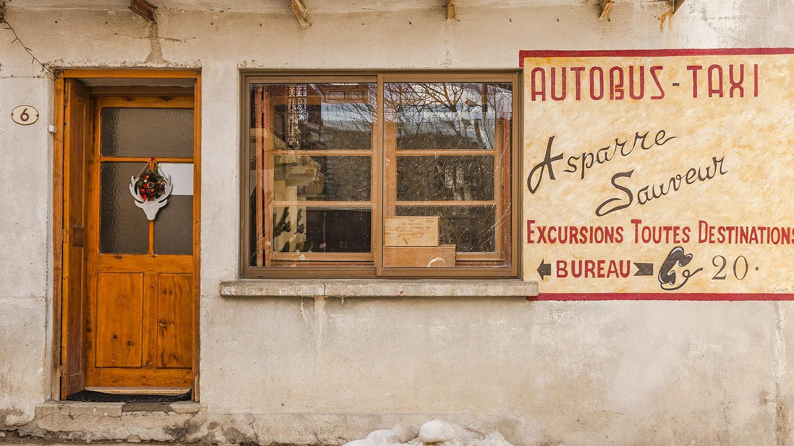 Pyrénées-Orientales: In vielen Gassen von Formiguères lebt das Flair von einst. Foto: Hilke Maunder