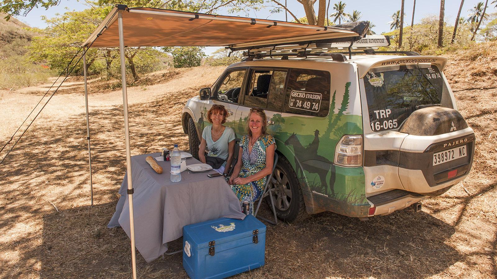 Wilder Westen: Busch-Lunch mit Tischdecke: Patricia und ich sind begeistert! Foto: Hilke Maunder