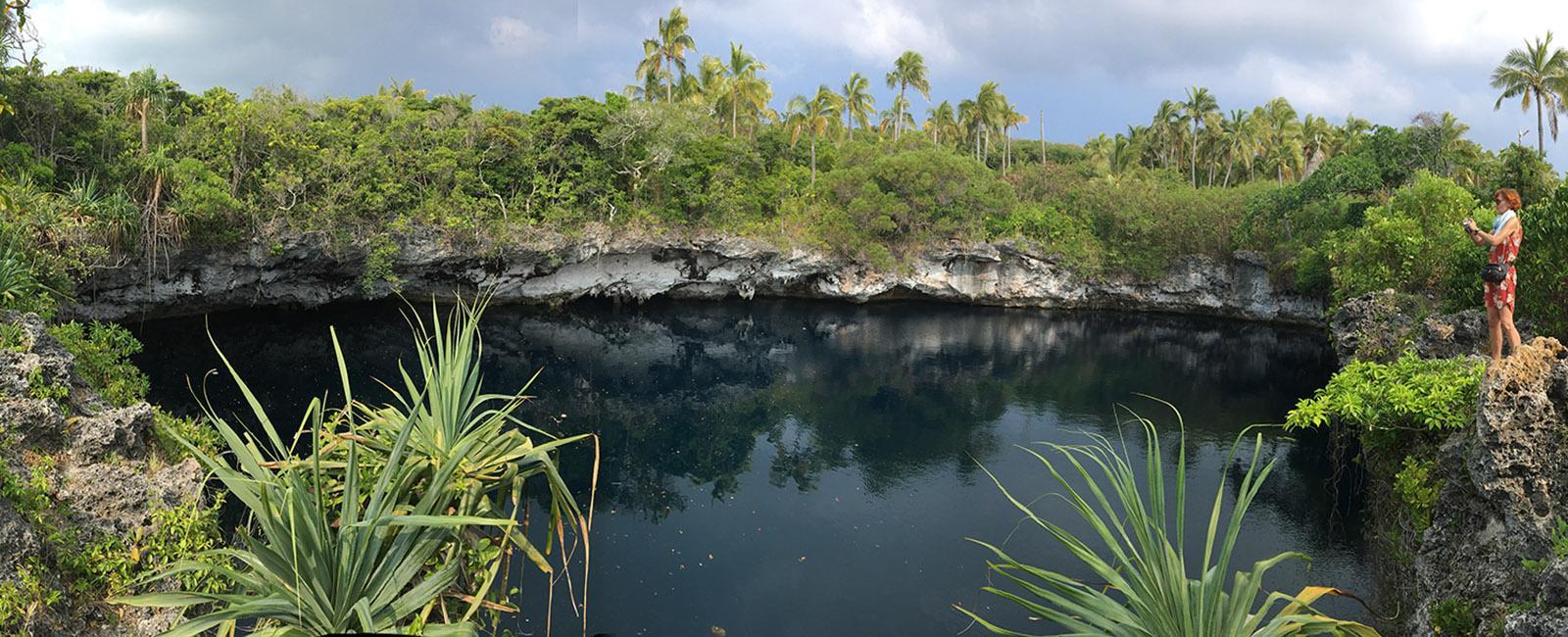 Das blaue Loch von Ouvéa. Foto: Hilke Maunder