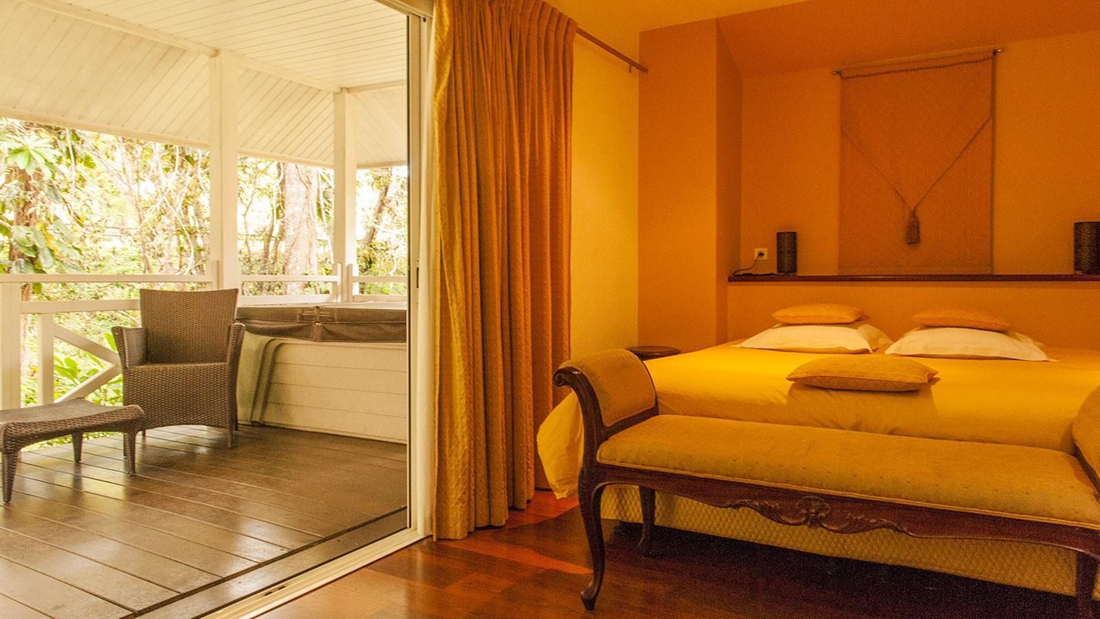 Wilde Westen: Ein typisches Bungelow-Zimmer des Hôtel Évasion. Foto: Hilke Maunder