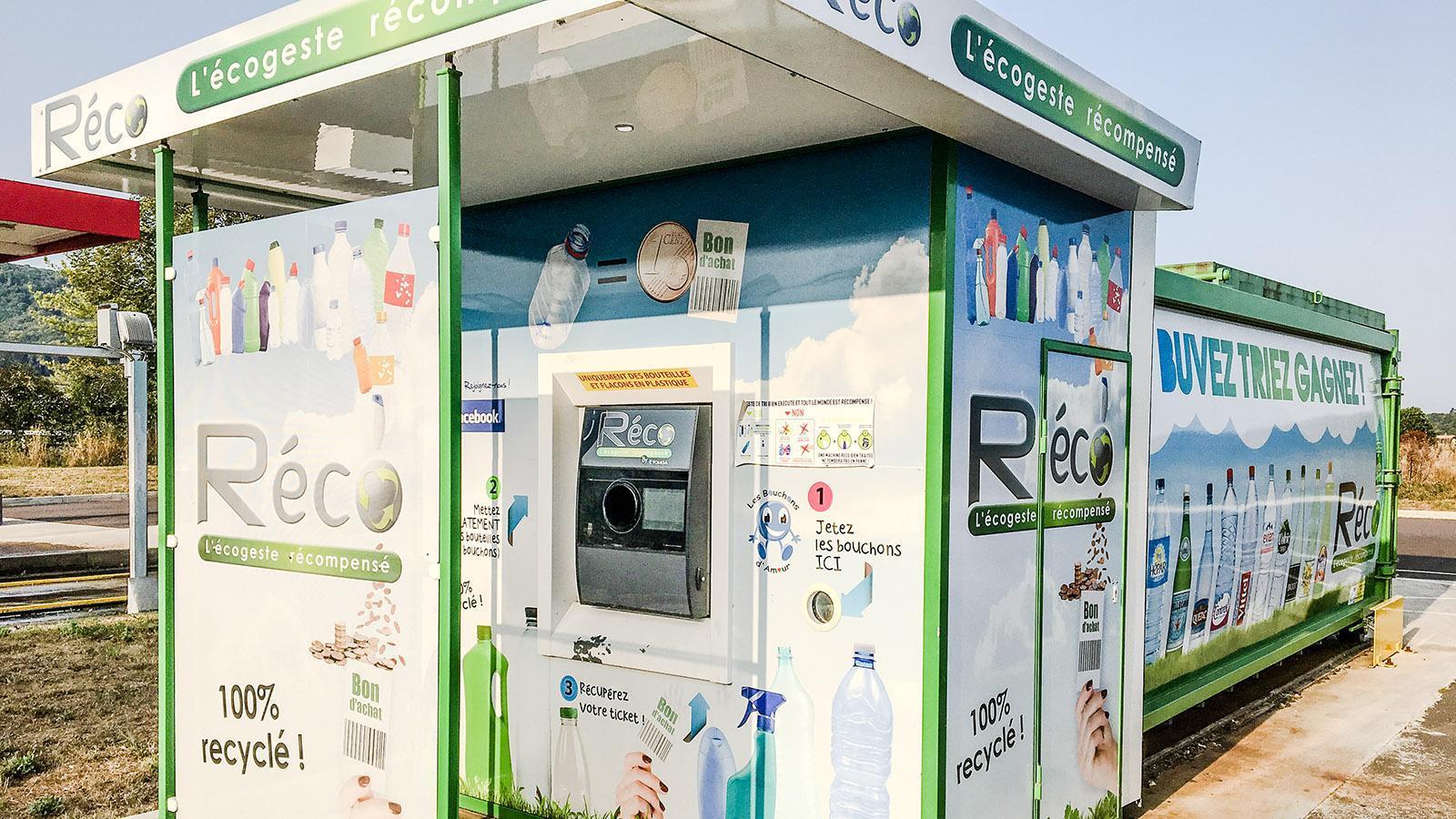 Wer Plastik recycelt, erhält von Réco einen Einkaufsbon.