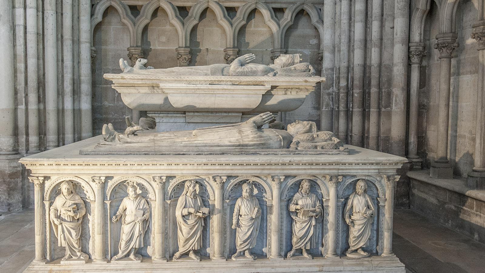 Basilika von Saint-Denis: Marmorgrab der Herzöge von Orléans (1502). Foto: Hilke Maunder