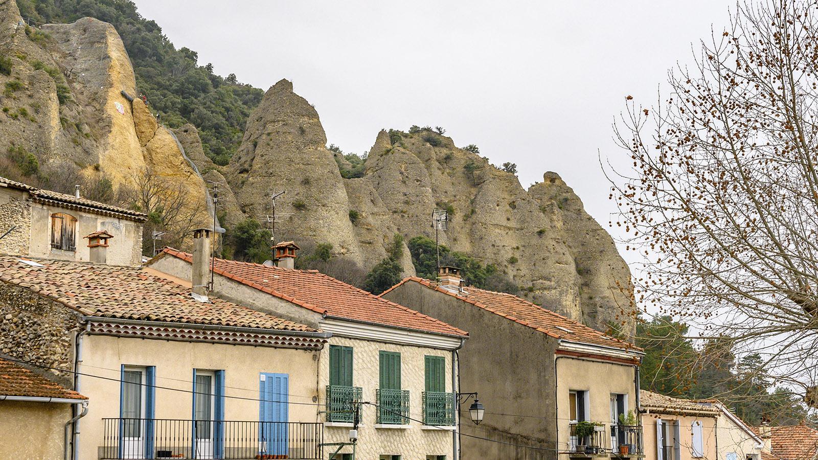 Haute-Provence: Die Pénitents de Mées. Foto: Hilke Maunder