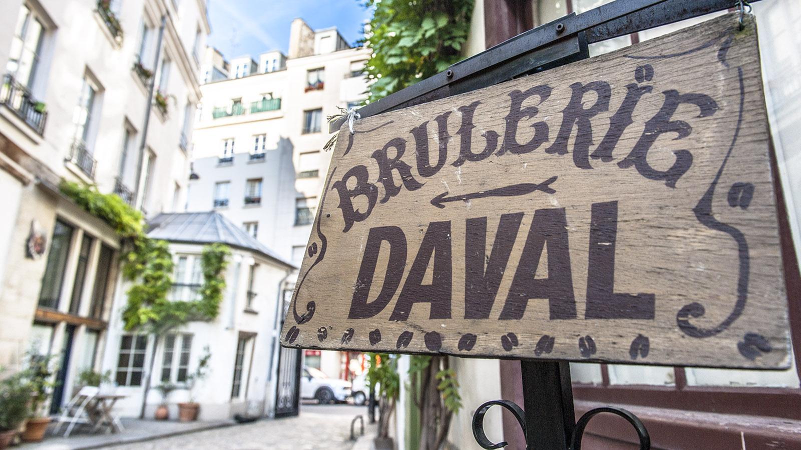 Im Courd Darmoye hat Andréa d'Amico mehr als 30 Jahre besten Kaffee gebrannt und frisch gebrüht in Porzellantässchen serviert. Foto: Hilke Maunder