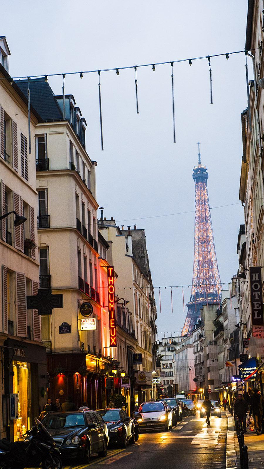 Der Eiffelturm im Abendlicht. Foto: Hilke Maunder