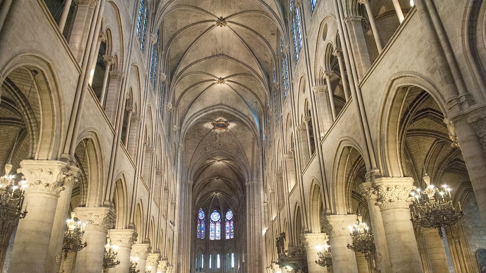 Notre-Dame de Paris: das Innere der Kathedrale auf der Île de la Cité. Foto: Hilke Maunder