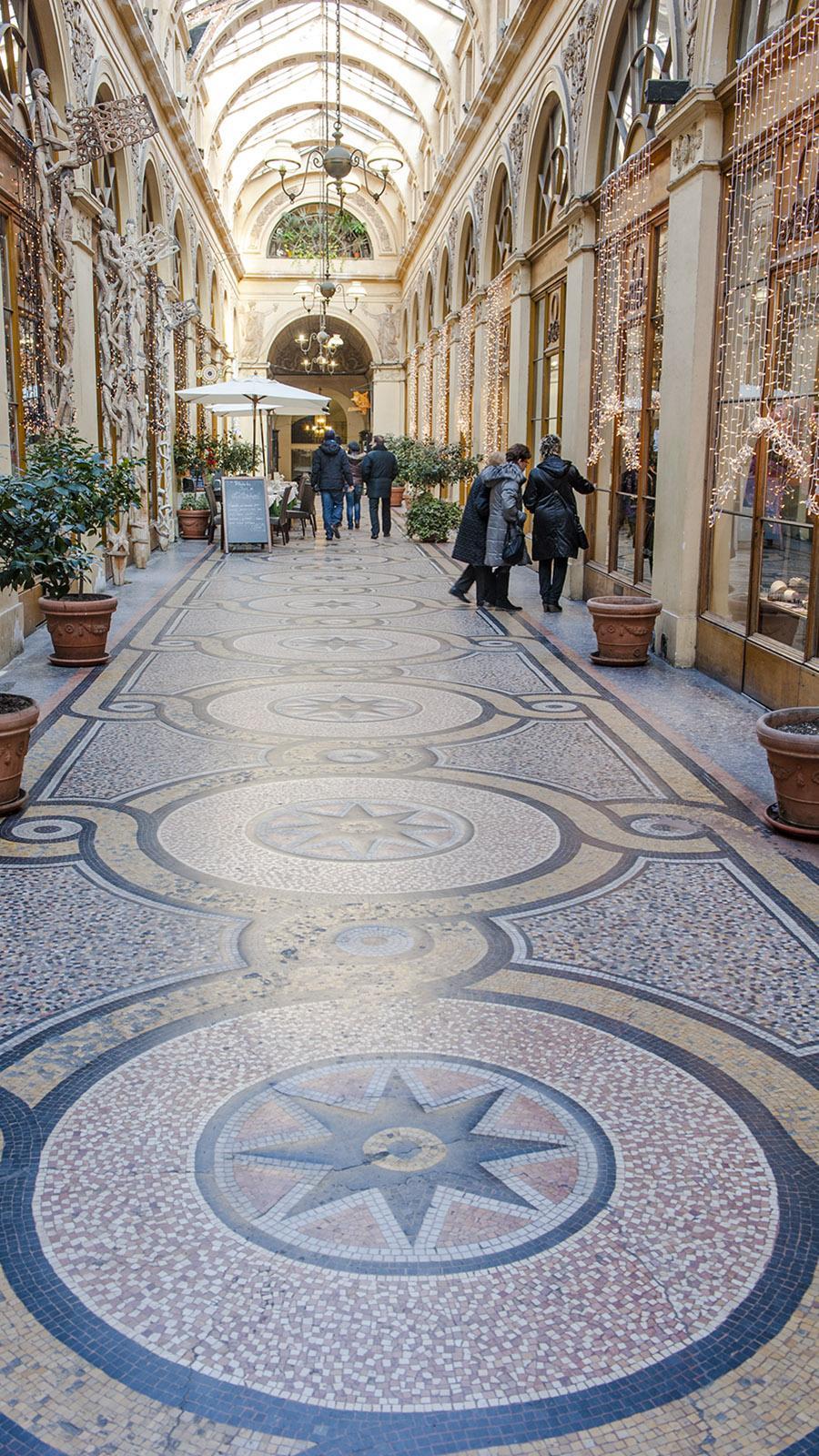 Pariser Passagen: Die Galerie Vivienne steht für unaufgeregten Luxus und Lebensart. Foto: Hilke Maunder
