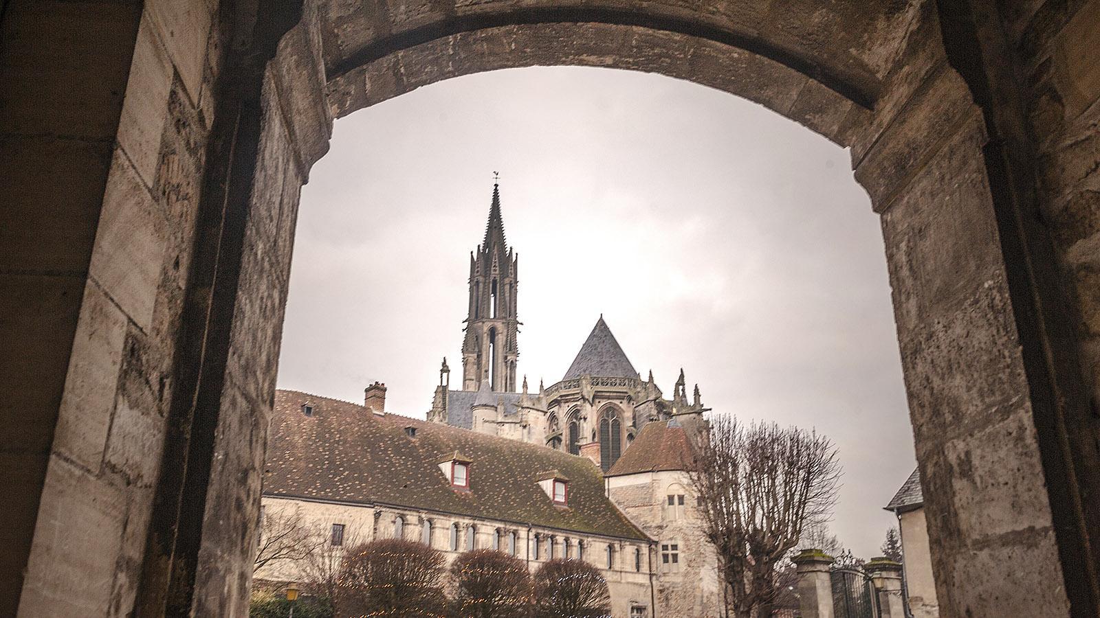Die Kathedrale von Senlis. Foto: Hilke Maunder