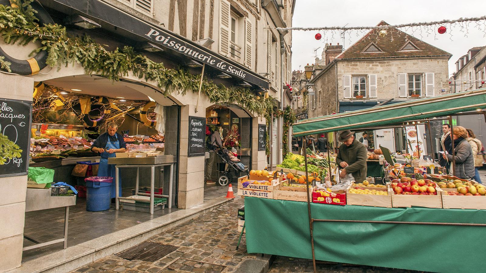 Dienstag und Freitag ist Marktzeit in Senlis! Foto: Hilke Maunder