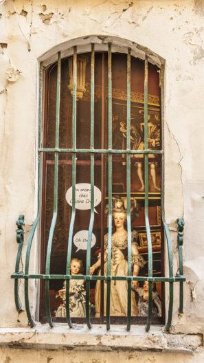 F_Avignon_Fenster_Stret Art_Hilke Maunder