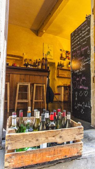 F_Avignon_Vache a Carreaux_Hilke Maunder