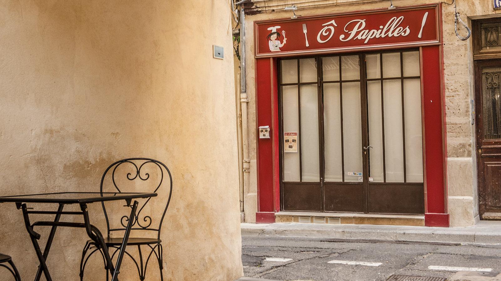 Restaurant in Avignon: Ô Papilles an der Place des Châtaignes 10. Foto: Hilke Maunder