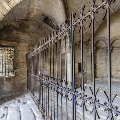 Die untere Kapelle der Pont Saint-Bénézet. Foto: Hilke Maunder