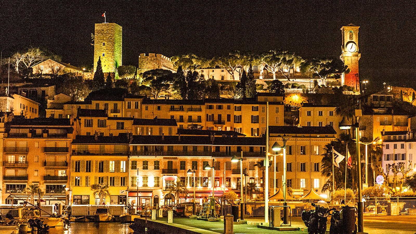 Auf den Spuren von Commissaire Duval. Le Suquet bei Nacht. Foto: Hilke Maunder