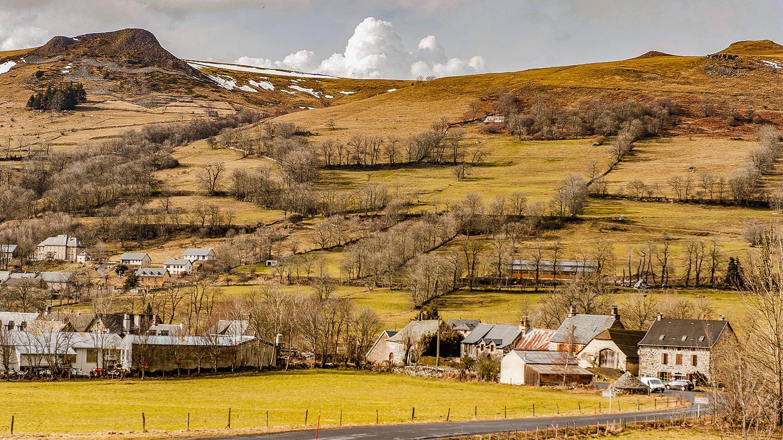 Auvergne: Landschaft bei Dienne. Foto: Hilke Maunder