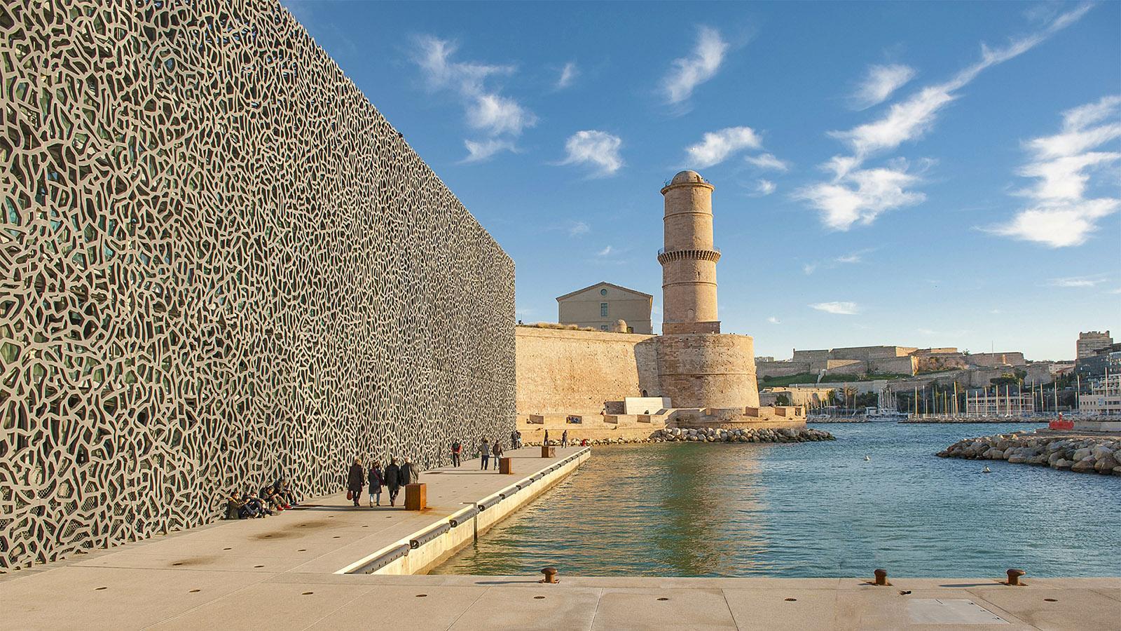 Marseille: Die beiden Bereiche des MuCEM verbindet Alt und Neu, Orient und Okzident. Foto: Hilke Maunder