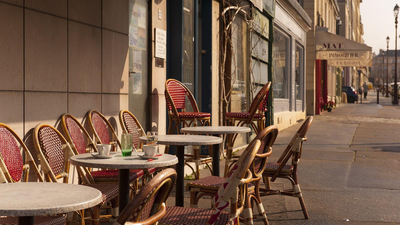 Auch ein nettes Terrassencafé findet ihr in den kleinen Häusern der Rue d'Anjou. Foto: Hilke Maunder