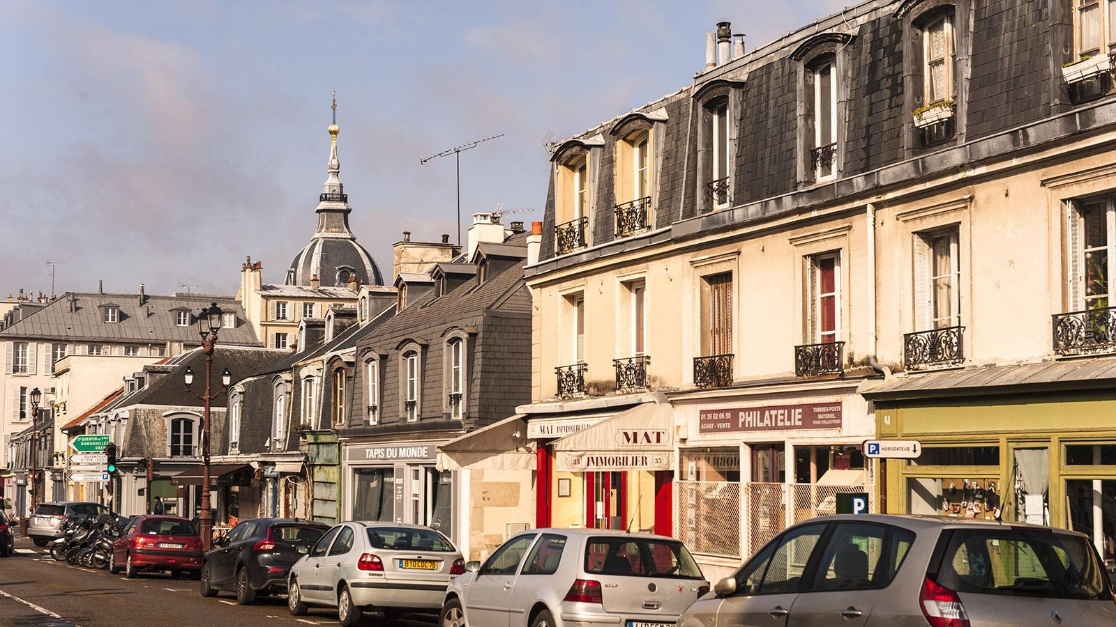 """Von wegen """"Baracken"""": die Häuser des Carré Saint-Louis. Foto: Hilke Maunder"""