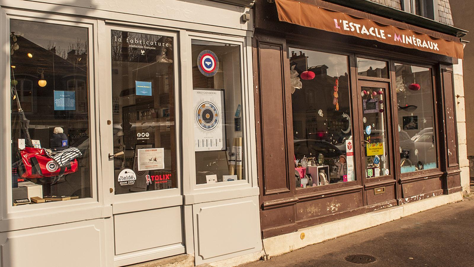 Kleine, inhabergeführte Geschäfte wie diese frankophile Designer-Boutique sind in die kleinen Häuser der Rue d'Anjou gezogen. Foto: Hilke Maunder