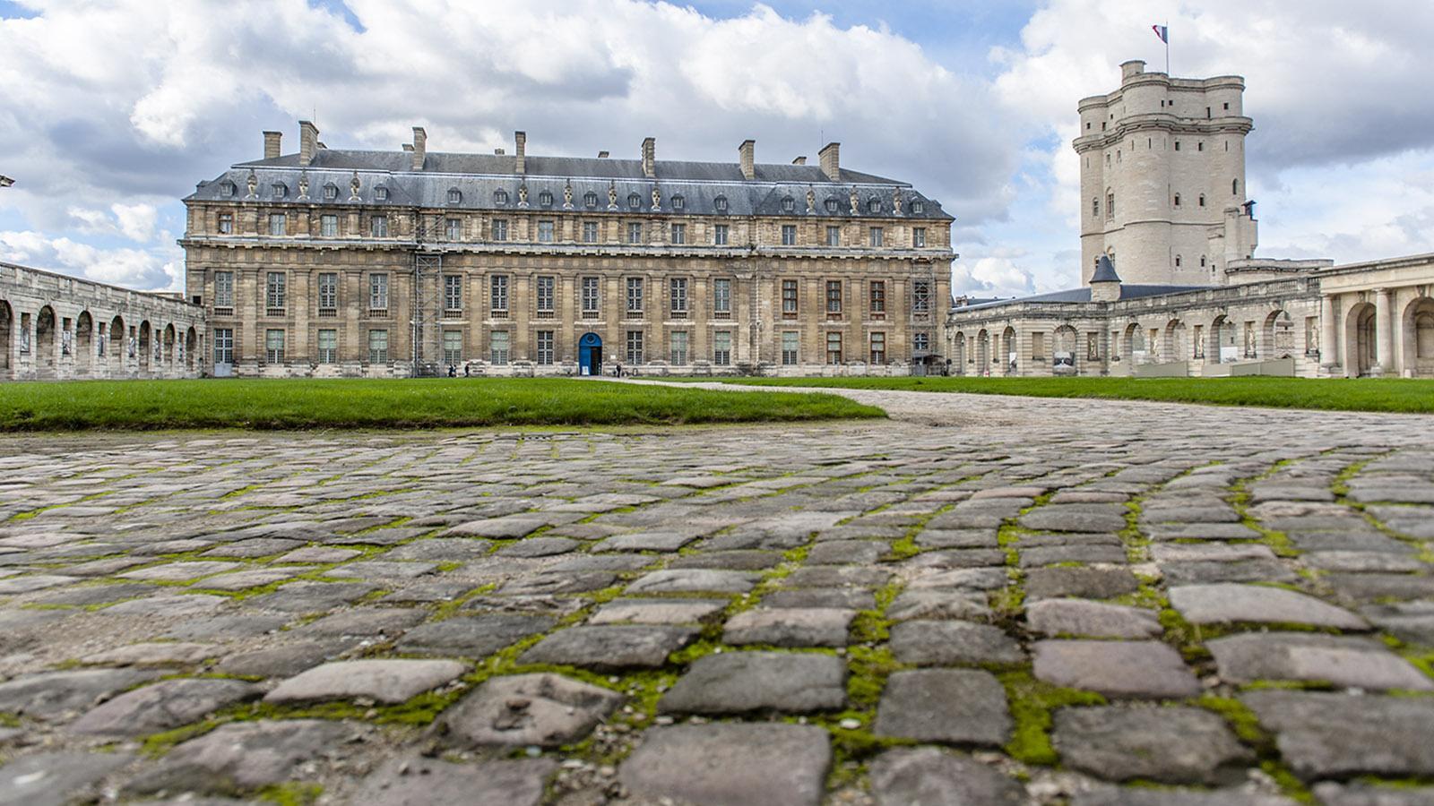 Der südliche Innenhof des Château de Vincennes. Foto: Hilke Maunder