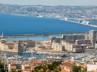 Ist er nicht wunderschön, der Ausblick von Notre Dame de la Garde auf Marseille? Foto: Hilke Maunder