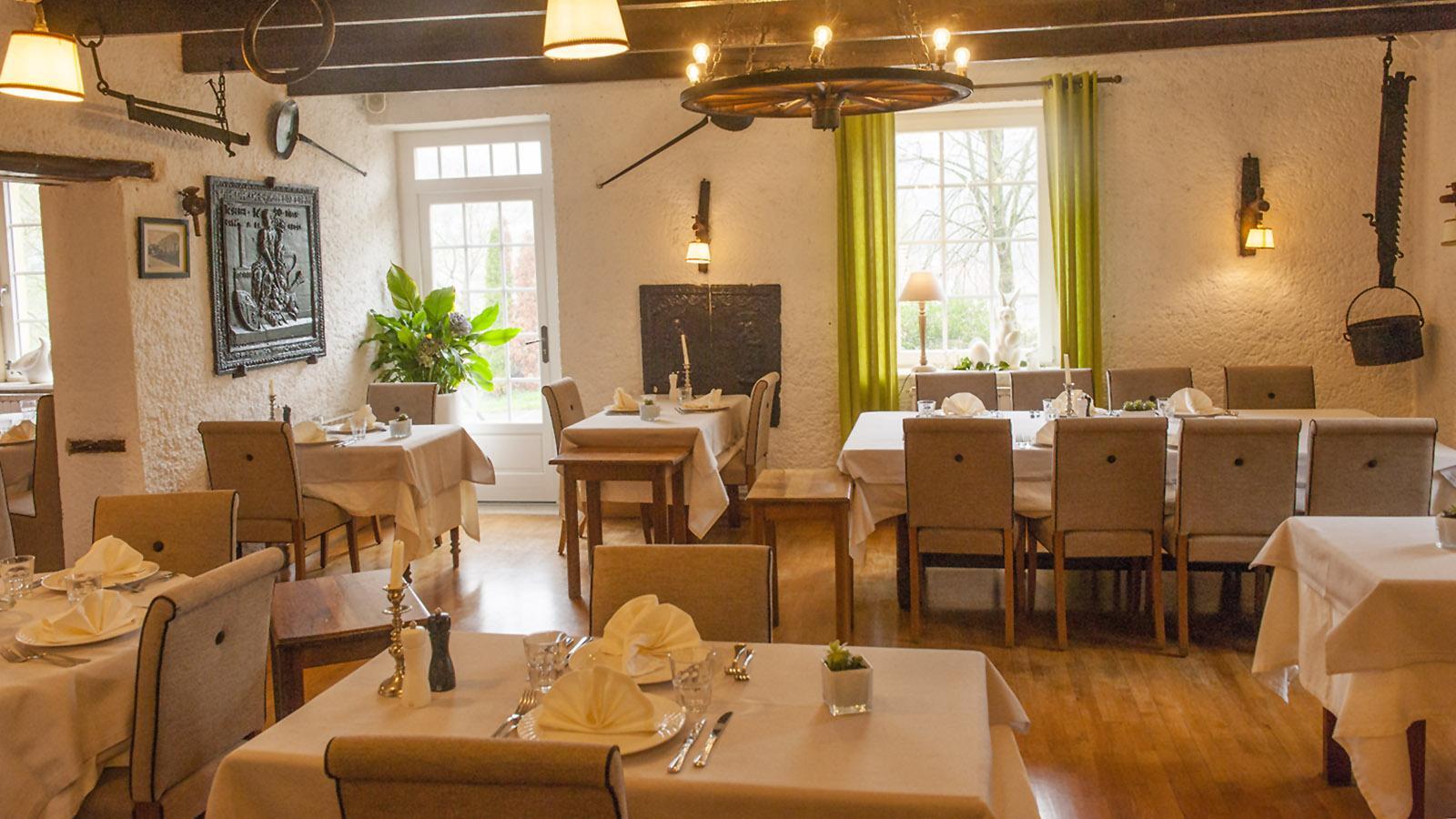 Der erste Gastraum der Auberge de la Klauss. Foto: Hilke Maunder