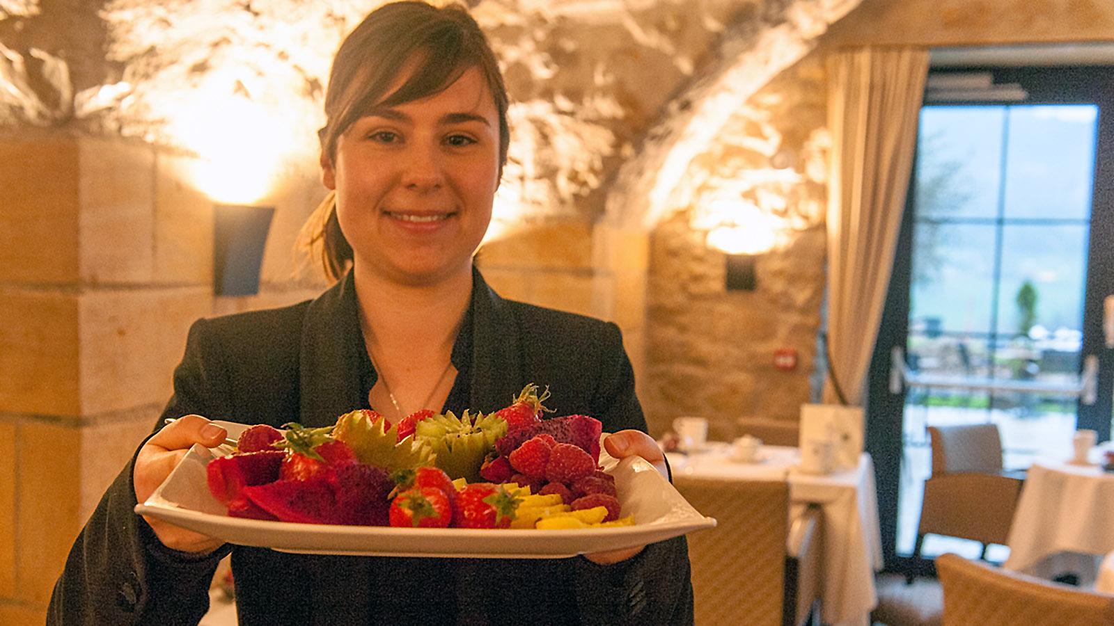 Domaine de la Klauss: Frische Früchte zum Frühstück, serviert von Claire. Foto: Hilke Maunder