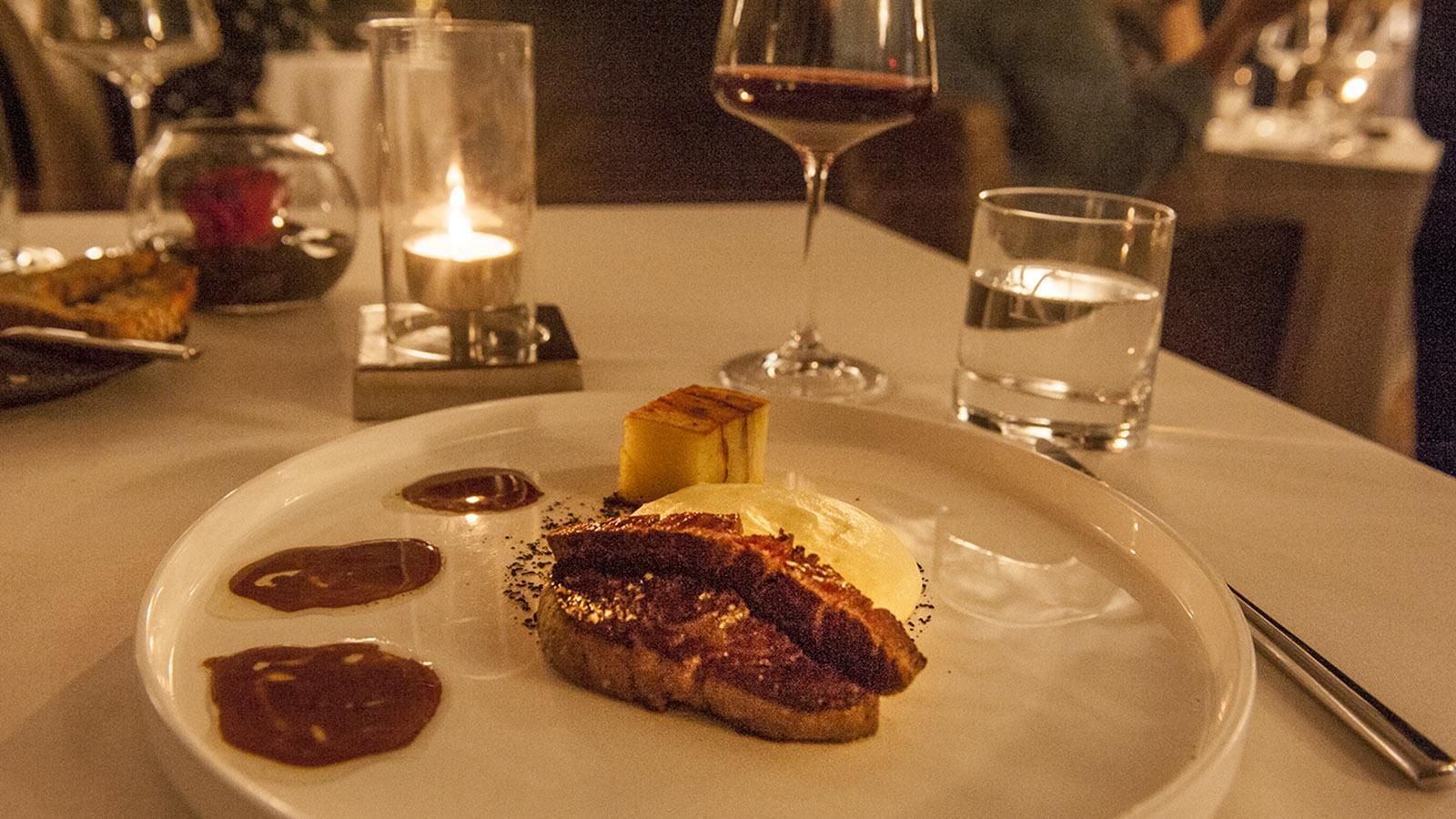 Domaine de la Klauss: Eine zarte kulinarische Premiere für mich: das Herz des Rinderfilets. Foto: Hilke Maunder