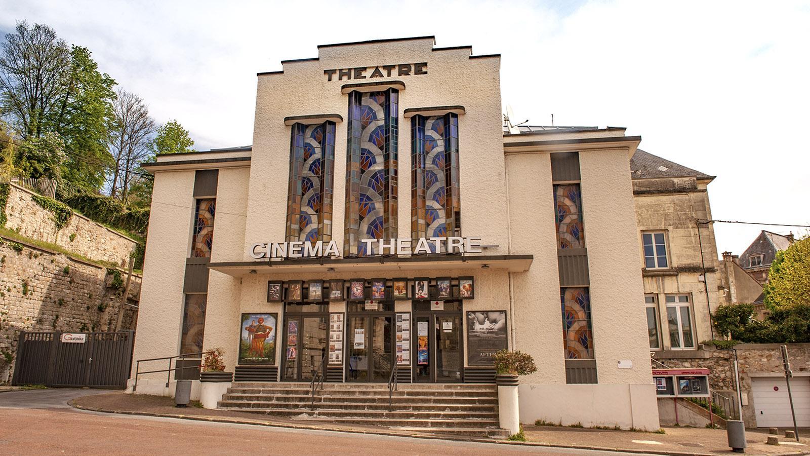 Château-Thierry: Art Deco am Rathausplatz - das Kino. Foto: Hilke Maunder