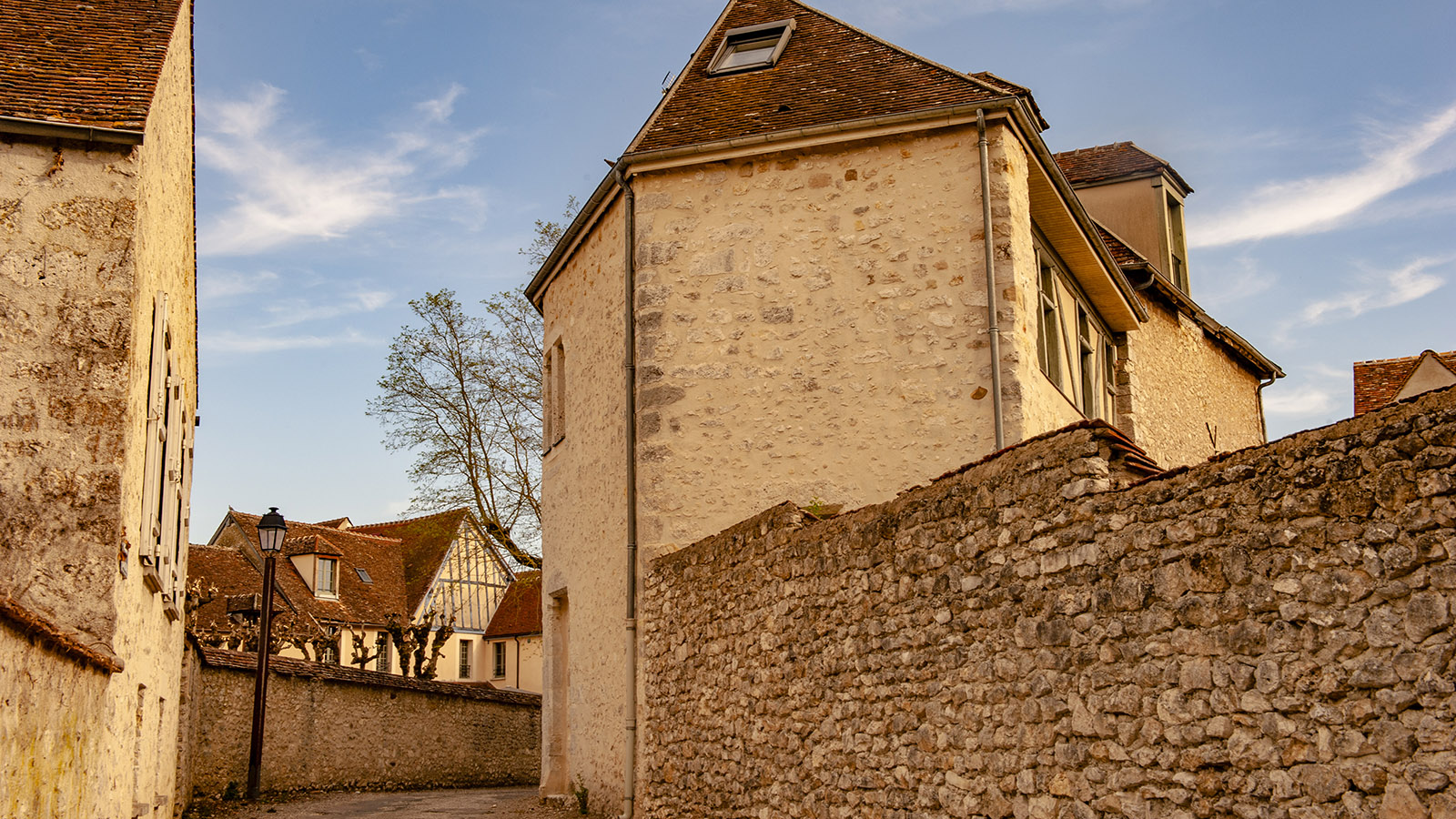 In der Altstadt von Provins. Foto: Hilke Maunder