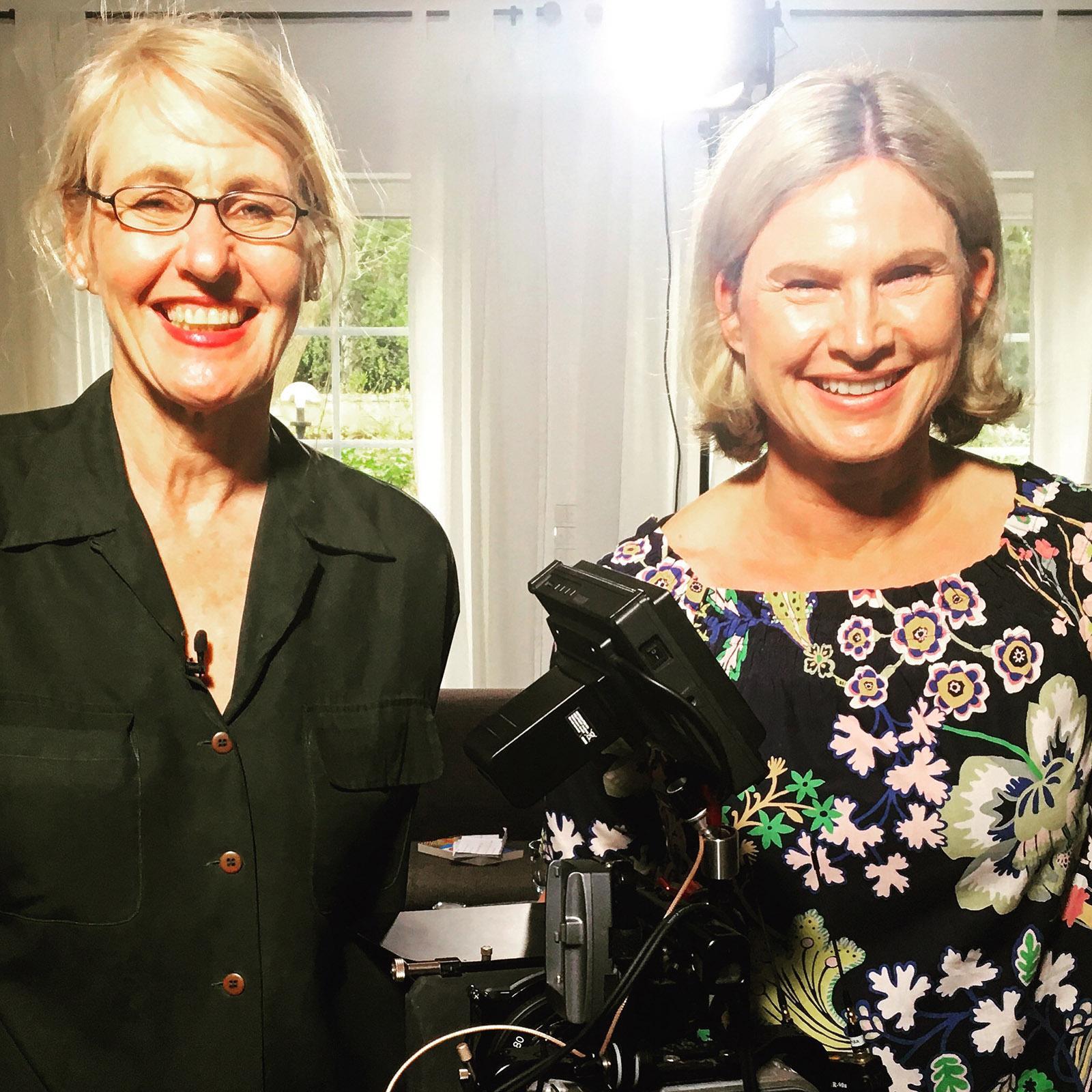 Sophie Bonnet beim Salongespräch mit Hilke Maunder. Foto: Lara Maunder