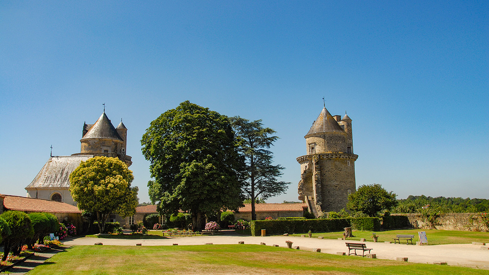 Das Schloss von Apremont ist heute eine Ruine. Foto: Hilke Maunder