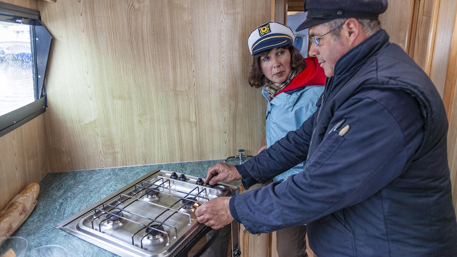 Le Boat: der Gasherd an Bord von MS Caprice. Foto: Hilke Maunder