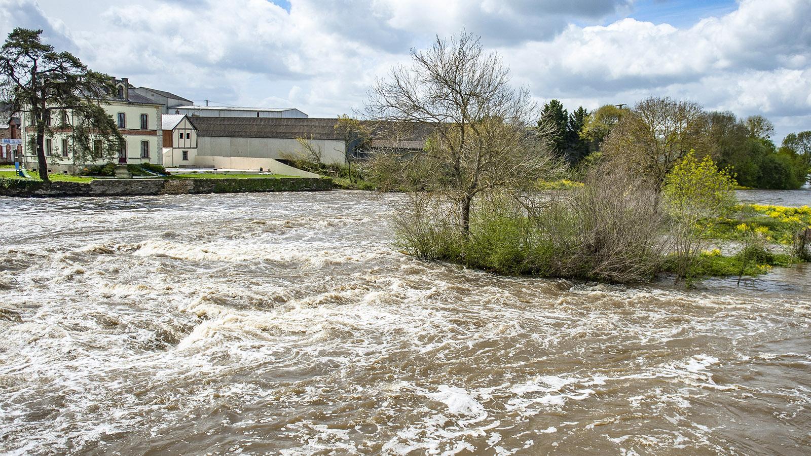 Messac: stürmische Wasser der VilaineFoto: Hilke Maunder