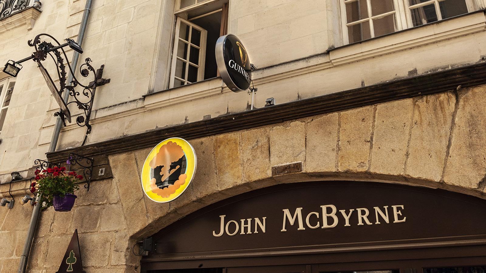 Voyage à Nantes: Guinness-Ladenschild einesKünstlers. Foto: Hilke Maunder