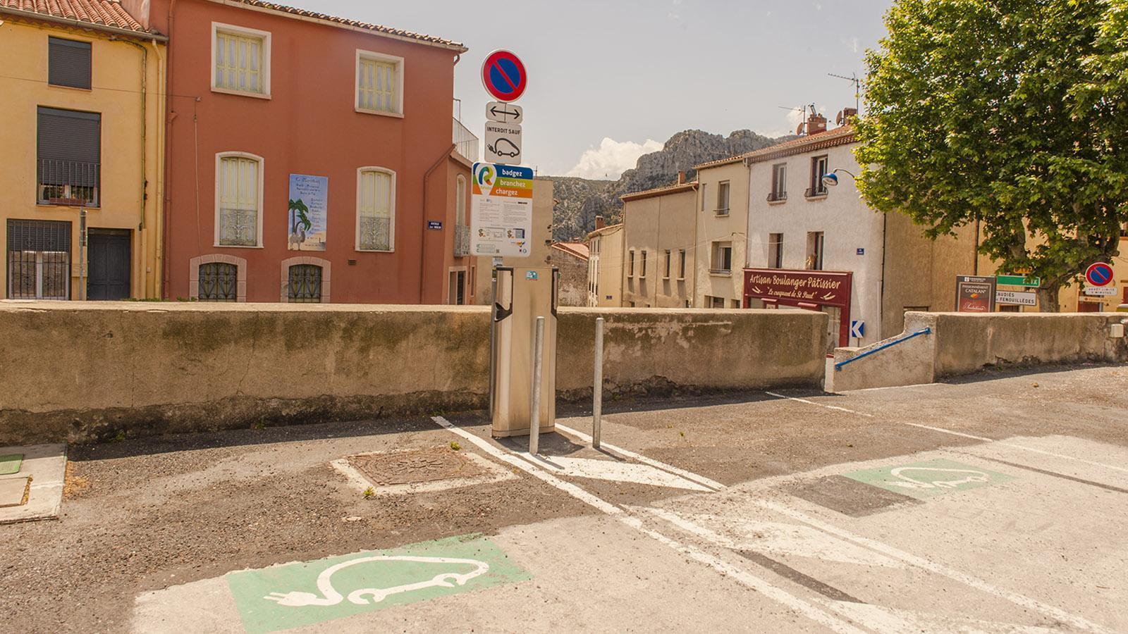Saint-Paul-de-Fenouillet: Bereits 2017 gab es die ersten Ladestationen für e-Autos. Foto: Hilke Maunder