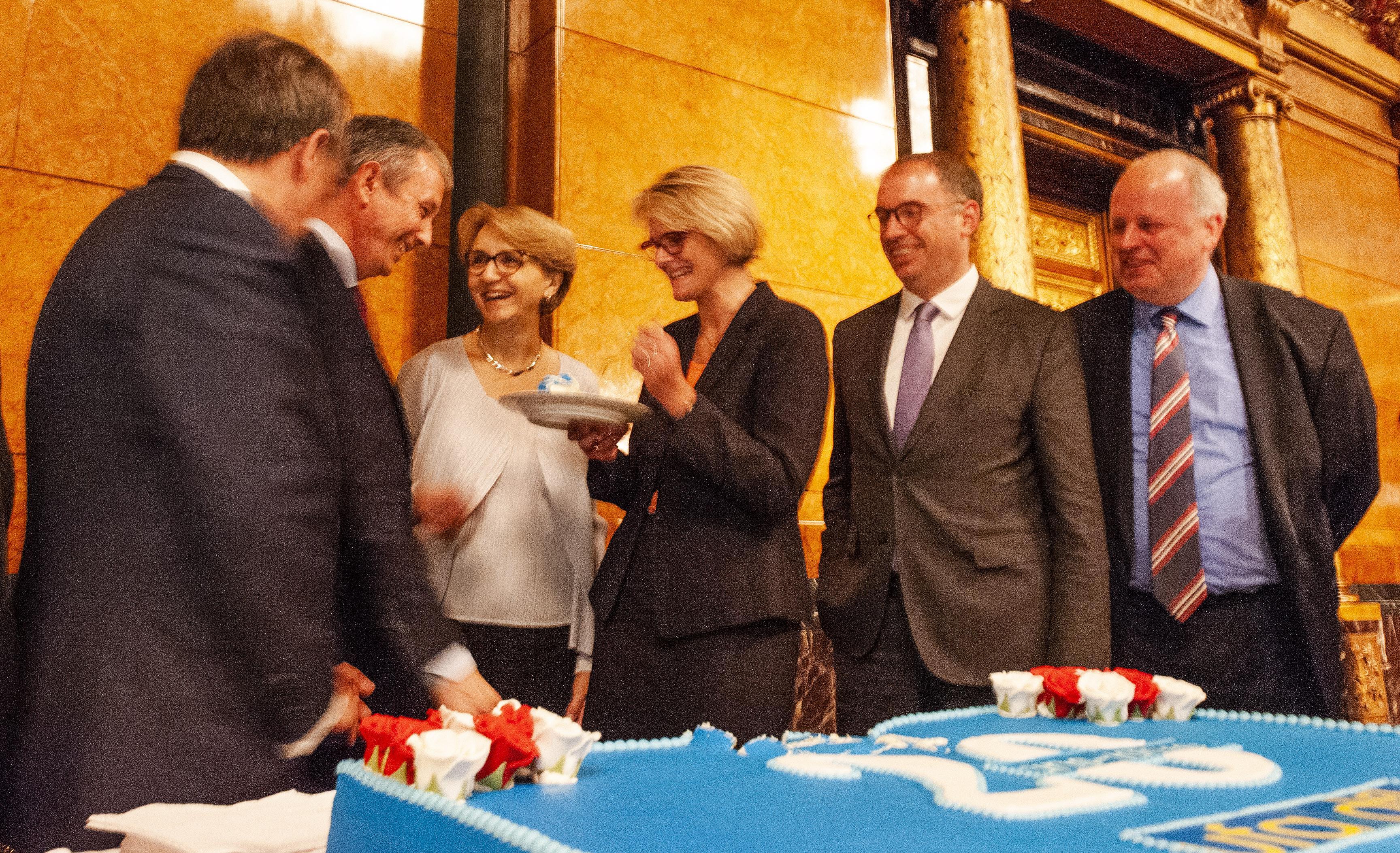 20 Jahre DFA-UFA: die Geburtstagstorte