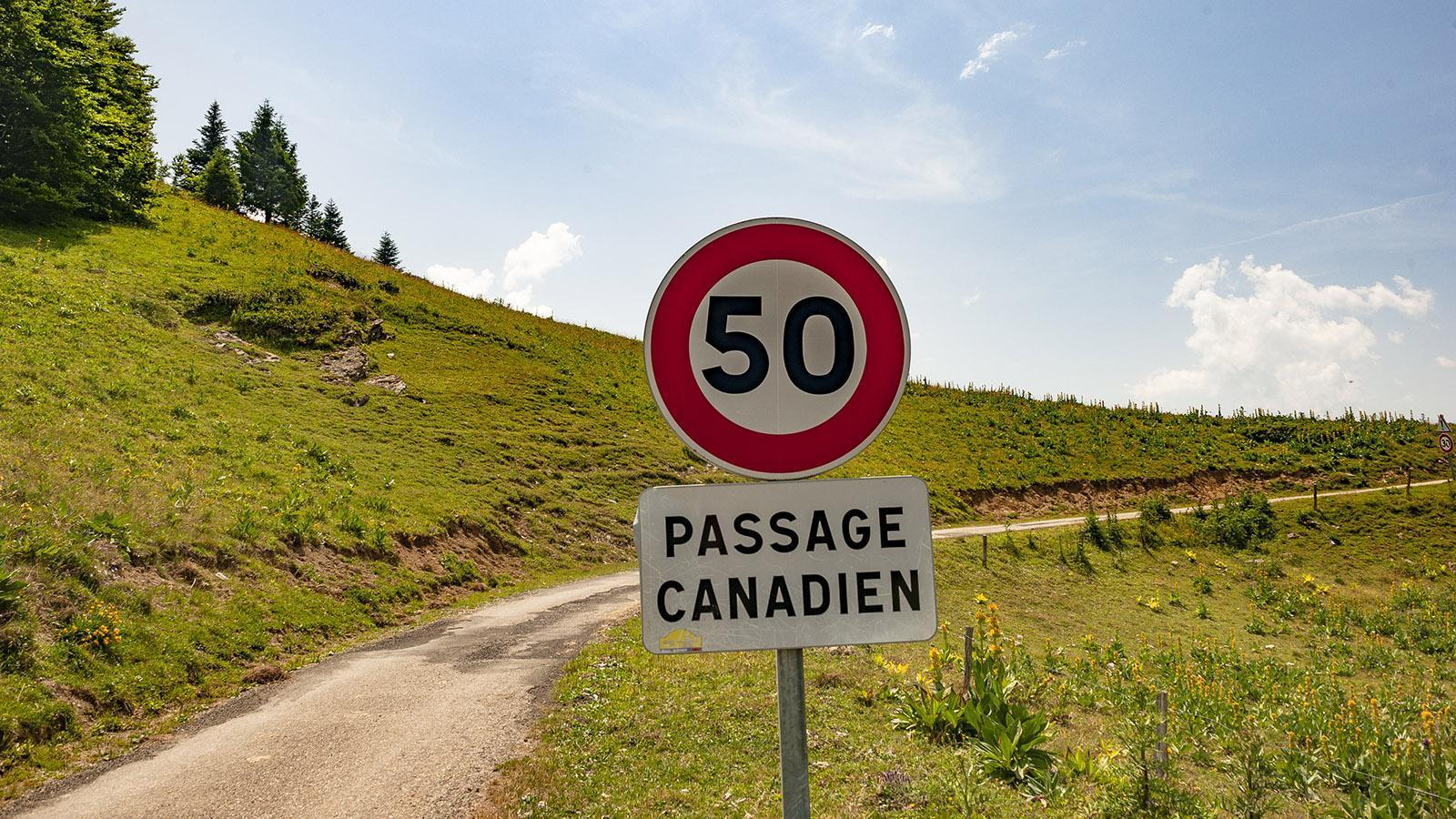 Autofahren in Frankreich: Passage Canadien