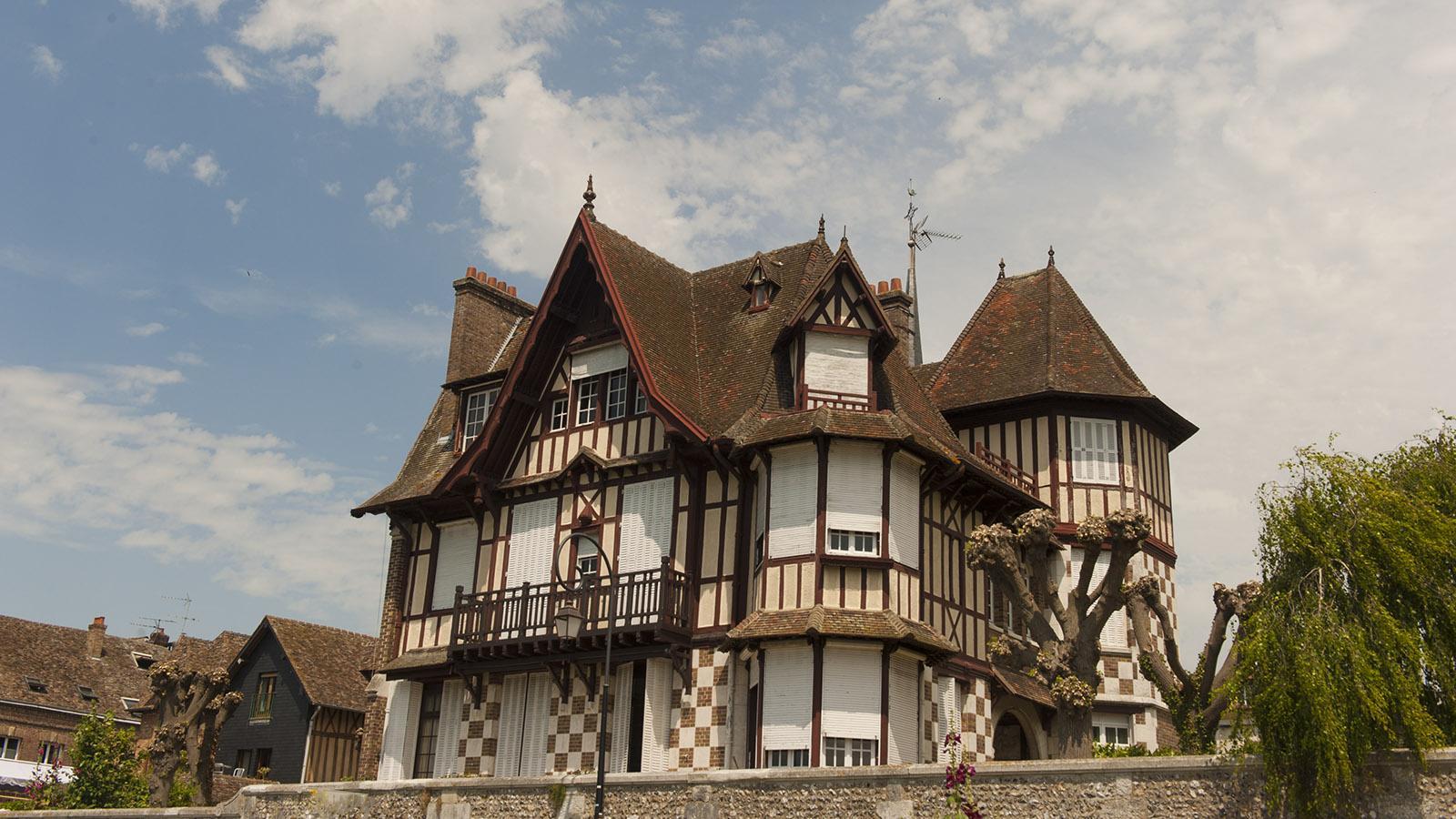 Les Andelys: Fachwerkvilla. Foto: Hilke Maudner