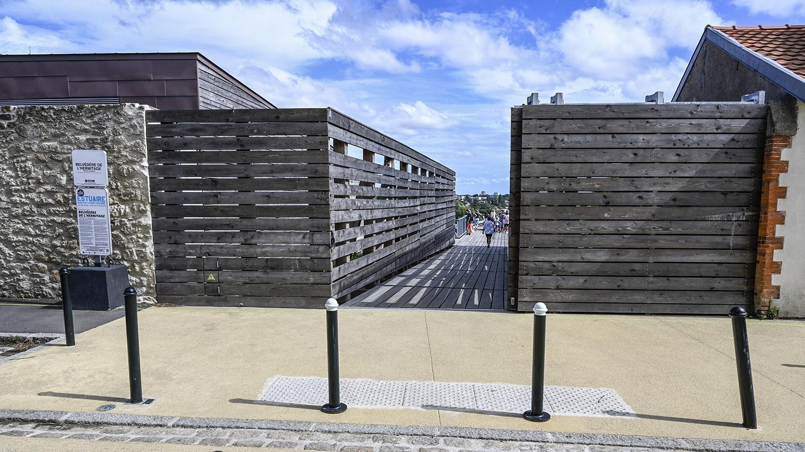 Der Zugang zum neuen Belvédère der Butte Sainte-Anne. Foto: Hilke Maunder