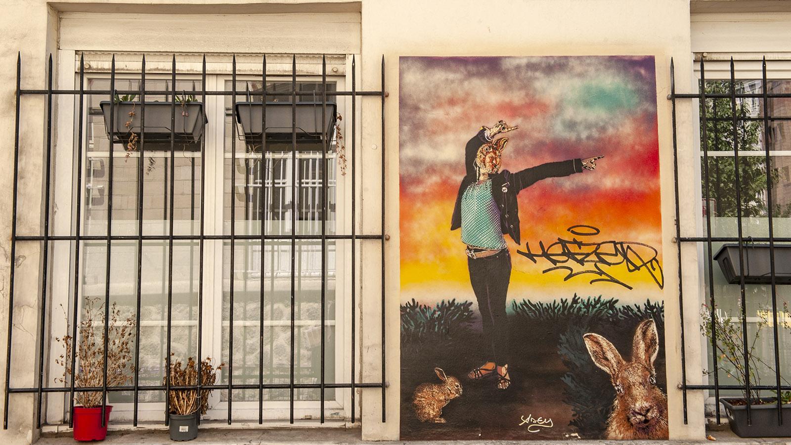 """Rue du Retrait: """"Femme-Lapine"""" von Adey. Foto: Hilke Maunder"""